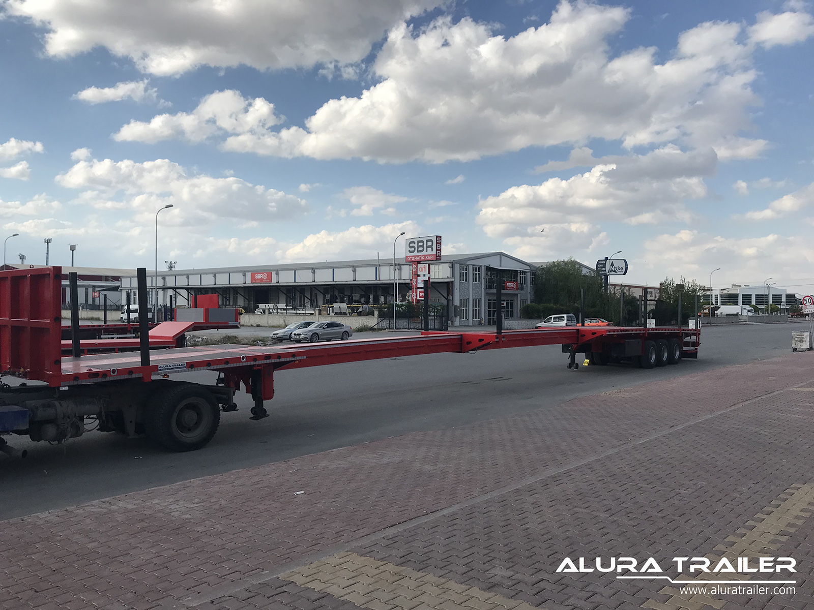 extendable flatbed trailer alura